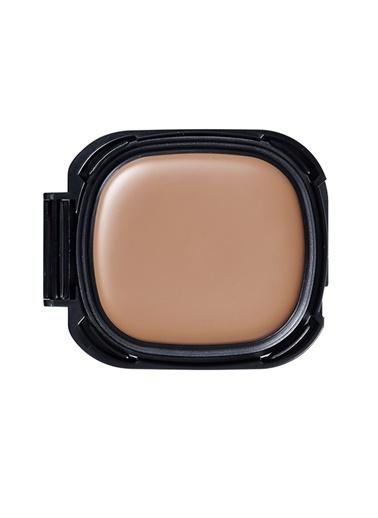 Shiseido Shiseido Advanced Hydro Liquid Compact Orta Kapatıcılıkta B60 Fondöten Renkli